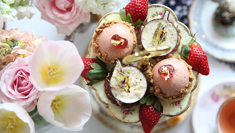 High Tea Tips : Minding your manners with melbourne s high tea expert melbourne